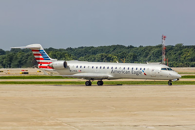 American Eagle (Envoy Airlines), N529EA, CL600-2C10 CRJ-702ER, msn 10307, Photo by John A Miller, CLE, Image YE0006RGJM