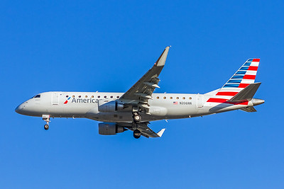 American Eagle, N206NN, ERJ-175LR, msn 17000489, Photo by John A Miller, LAX, Image YA015LAJM