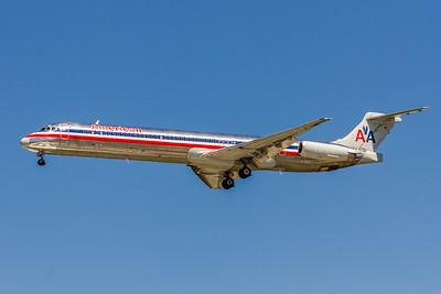 American Airlines, N569AA, McDonnell Douglas MD-83, msn 49351, Photo by John A Miller, TPA, Image D075LAJM
