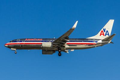 American Airlines, N952AA, Boeing 737-823(WL), msn 30088, Photo by John A Miller, TPA, Image UU041LAJM