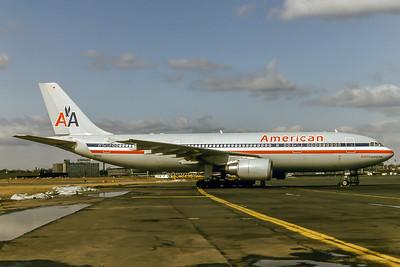 American Airlines, N59081, Airbus A300B4-605R, msn 639, Photo by Adrian J Smith, EWR, Image R006RGAS