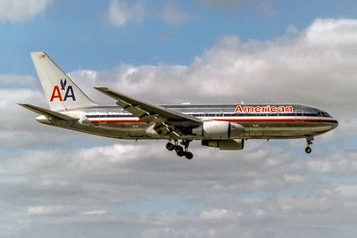 American Airlines, N335AA, Boeing 767-223(ER), msn 22333, Photo by Eddy Gual, Image P062RAEG