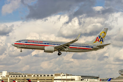 American Airlines, N905AN, Boeing 737-823(WL), msn 29507, Photo by John A Miller, MIA, Image UU084LAJM, Flagship Liberty, Special Paint Colors