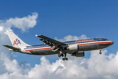 American Airlines, N70054, Airbus A300-605R, msn 461, Photo by J Fernandez, Image R012RAJF