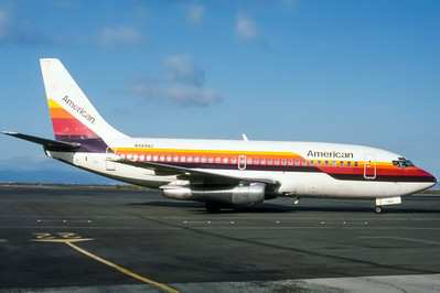 American, N469AC, Boeing 737-293, msn 20335, Photo by Nigel Chalcraft, Image J051RGNC