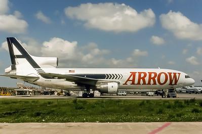 Arrow Air, N306GB, Lockheed L-1011-385-1-15 TriStar200 (F), msn 193U-1138, Photo by Bob Shane, Image Q035RGBS