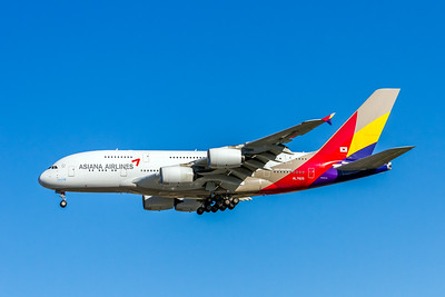 Asiana Airlines, HL7625, Airbus A380-841, msn 152, Photo by John A Miller, LAX, Image XA006LAJM
