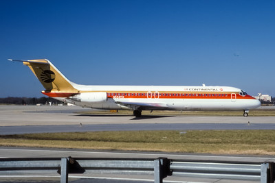 Continental, N534TX, Douglas DC-9-32, msn 47110, Photo by Frank Hines, ATL, Image C010RGFH