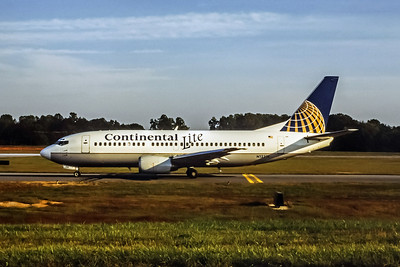 Continental Lite, N12318, Boeing 737-3T0, msn 23369, Photo by John A Miller, GSO, Image K027LGJM