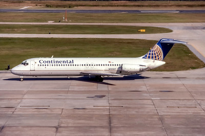 Continental Airlines, N12507, Douglas DC-9-32, msn 47788, Photo by Photo Enrichments Collection, Image C129LGJC