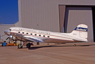 Continental Airlines, N25673, Douglas DC-3A, msn 2213, Photo by John A. Miller, GSO, Image A009LGJM
