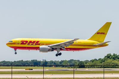 DHL, N794AX, Boeing 767-281(BDSF), msn 23144, Photo by John A Miller, TPA, Image P050LAJM