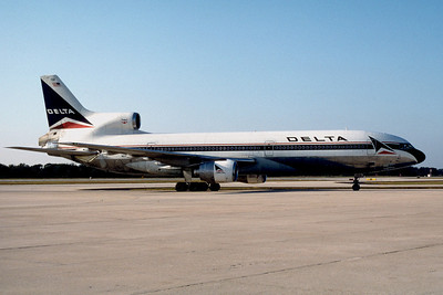 Delta Airlines, N1739D, Lockheed L-1011-385-15-250, msn 193c-1237, TPA, Photo by John A. Miller, Image Q033RGJM