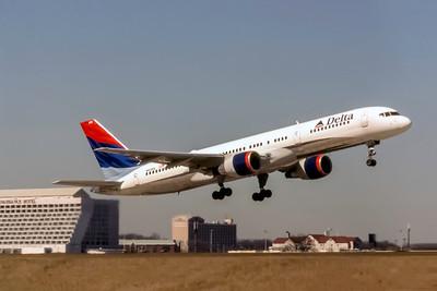 Delta Air Lines, N610DL, Boeing 757-232, msn 22817, Photo by Joe Fernandez Collection, ATL, Image N128RAJF
