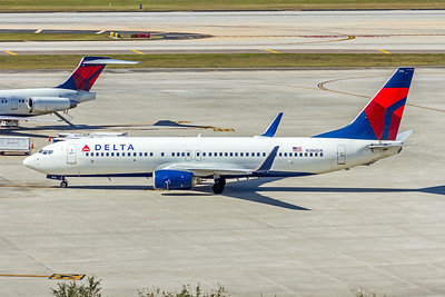 Delta Airlines, N386DA, Boeing 737-832(WL), msn 30373, Photo by John A Miller, TPA, Image  UU058LGJM