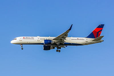 Delta Air Lines, N706TW, Boeing 757-2Q8(WL), msn 28165, Photo by John A Miller, LAX, Image N107LAJM
