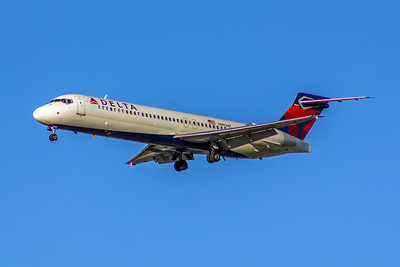 Delta Air Lines, N983AT, Boeing 717-2BD, msn 55052, Photo by John A Miller, LAX, Image ZZ035LAJM
