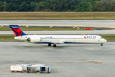 Delta Air Lines, N939DN, McDonnell Douglas MD90-30, msn 53356, Photo by John A Miller, TPA, Image DA013RGJM