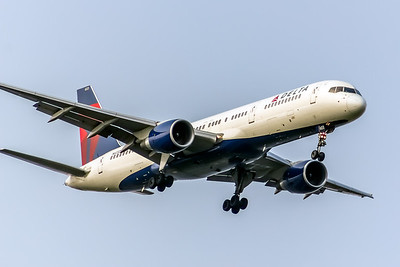 Delta Air Lines, N603DL, Boeing 757-232, msn 22810, Photo by John A Miller, TPA, Image N079RAJM