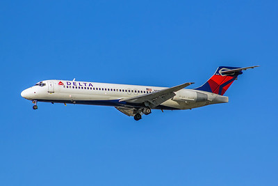Delta Air Lines, N978AT, Boeing 717-2BD, msn 55037, Photo by John A Miller, LAX, Image ZZ034LAJM