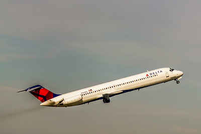 Delta Air Lines, N764NC, DC-9-51, msn 47717, Photo by John A Miller, TPA, Image C119RAJM