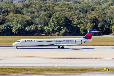 Delta Air Lines, N934DN, McDonnell Douglas MD90-30, msn 53462, Photo by John A Miller, TPA, Image DA011LGJM