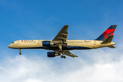 Delta Air Lines, N6716C, Boeing 757-232, msn 30838, Photo by John A Miller, TPA, Image N105LAJM