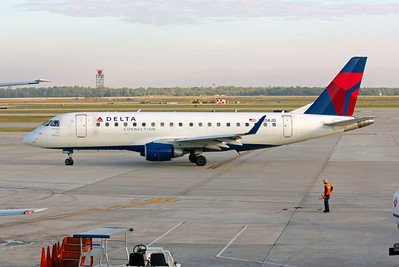 Delta Connection (Shuttle America Airlines), N204JQ, ERJ-170-200LR, msn 17000243, Photo by John A. Miller, IAH, Image YA001LGJM