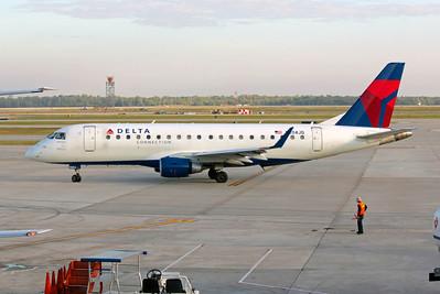 Delta Connection (Shuttle America Airlines), N204JQ, ERJ-170-200LR, msn 17000243, Photo by John A. Miller, IAH, Image YA001LGJM