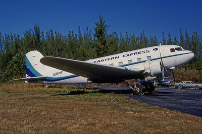 Eastern Express, N35PB, Douglas DC-3(A), msn 2216, Photo by Bob Shane, Image A024RGBS