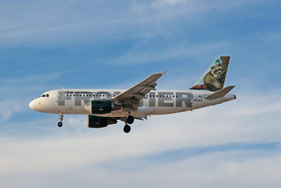 Frontier Airlines, N923FR, Airbus A319-111, msn 2019, Photo by John A. Miller, LAS, Image AB008LAJM