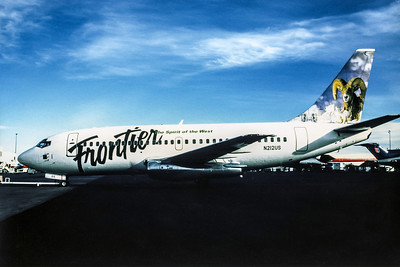 Frontier Airlines, N212US, Boeing 737-201, msn 20212, Photo by Andrew Abshier, Image J072LGAA