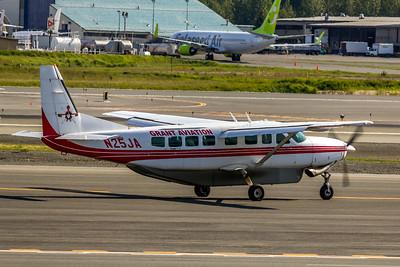 Grant Aviation, N25JA, Cessna 208B, Grand Caravan, msn 208B1212, ANC, Photo by John A. Miller, Image VV005RGJM