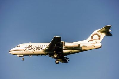 Horizon Air, N801PH, Fokker F28-1000, msn 11097, Photo by Brian Peters, SEA, Image F015LABP