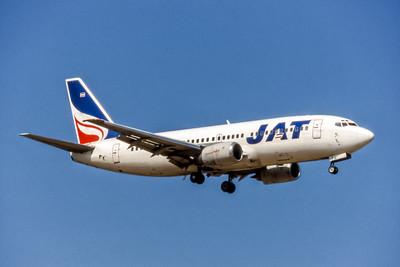 JAT Yugoslav, YU-ANK, Boeing 737-3H9, msn 23715, Photo by David Birtwell, LHR, Image K137RADB
