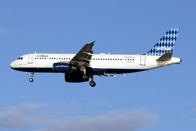 JetBlue Airlines, N504JB, Airbus A320-232, msn 1156,  Photo by John A. Miller, TPA, Image T047LAJM