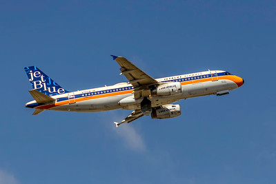 JetBlue Airways, New York, International Vintage Special Colors, N763JB, Airbus A320-232, msn 3707, Photo by John A Miller, TPA, Image T1058RAJM