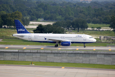 JetBlue Airways, N535JB, Airbus A320-232, msn 1739, Photo by John A. Miller, TPA, Image T040RGJM