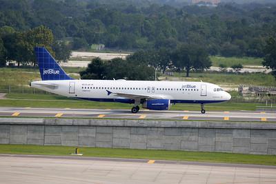 JetBlue Airways, N535JB, Airbus A320-232, msn 1739, Photo by John A. Miller, TPA, Image T040RGJM