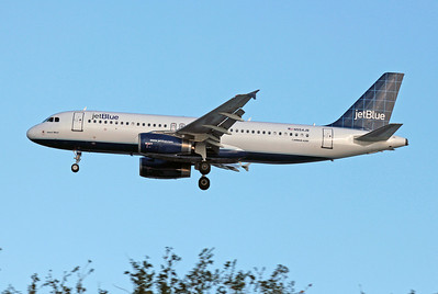 JetBlue, N554JB, Airbus A320-232, msn 1898, Photo by John A. Miller, TPA, Image T062LAJM