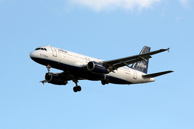 JetBlue Airlines, N663JB, Airbus 320-232, msn 3287, Photo by John A. Miller, TPA, Image T046LAJM