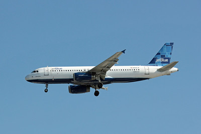 JetBlue Airways, N606JB, Airbus A320-232, msn 2384, Photo by John A. Miller, TPA, Image T072LAJM