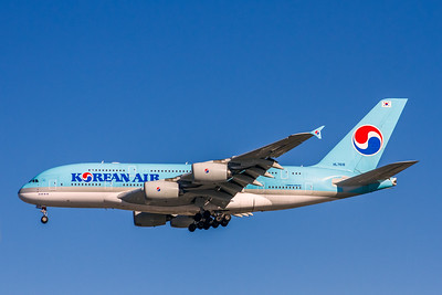 Korean Air Lines, HL7619, Airbus A380-861, msn 096, Photo by John A Miller, LAX, Image XA007LAJM