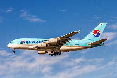 Korean  Air, HL7612, Airbus A380-861, msn 039, Photo by John A Miller, LAX, Image XA011LAJM