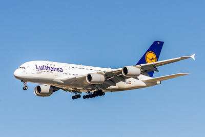 Lufthansa Airlines, D-AIWN, Airbus A380-841, msn 177, Photo by John A Miller, LAX, Image XA009LAJM
