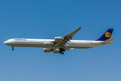 Lufthansa, D-AIHP, Airbus A340-642, msn 771, Photo by John A Miller, LAX, Image XX004LAJM