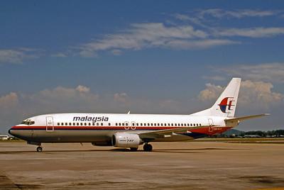 Malaysia Airlines, 9M-MJK, Boeing 737-4Q8, msn 24682, Photo by Bjoern Kannengiesser, Image L008LGBK