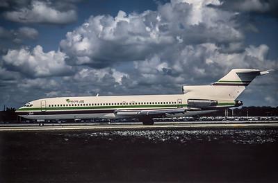 Miami Air, N804EA, Boeing 727-225Adv, msn 22435, Photo by Nigel Chalcraft, MIA, Image I082LGNC