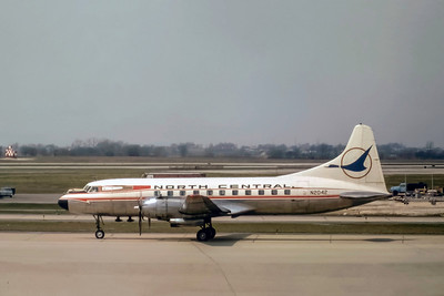 North Central Airlines, N2042, Convair CV440-47, msn 347, Photo by J. Fernandez Collection, Image CV033LGJF