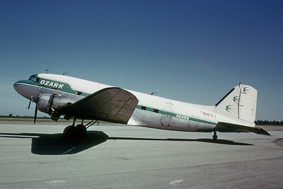 Ozark Airlines, N163J, Douglas DC-47A Skytrain (DC-3), msn 19402, Photo by Dean Slaybaugh, Image A016LGDS